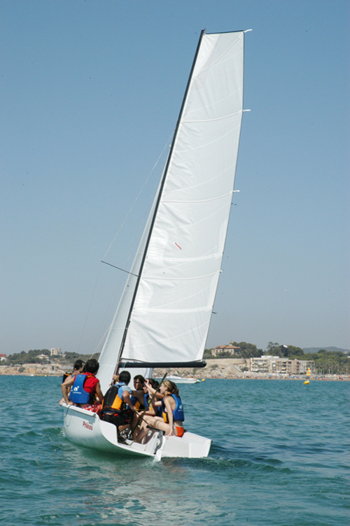 The secrets of sailing as a sea sport in Garraf