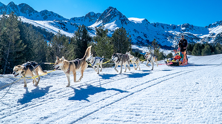 During Carnival vacation enjoy snow activities with your family