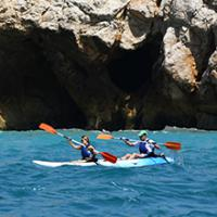 Open kayak al mar