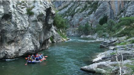 ¡NUEVO! Bajada en barca de rafting exclusiva de Arboló a Collegats (14KM)