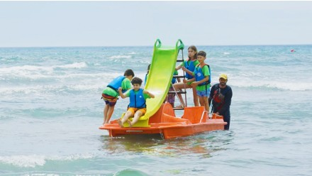 Pedalo rental with water slide-2 hour