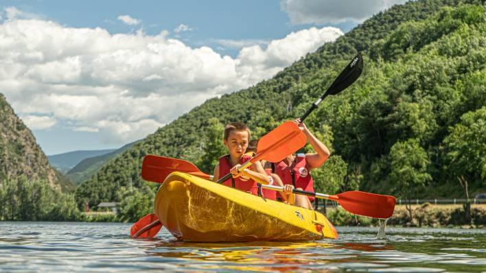 Double/triple kayak rent-30 minutes