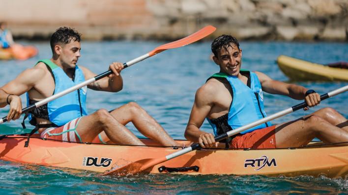Open kayak excursion + picnic 3h