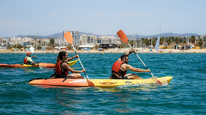 PASÍFAE Sunset - Guided open-kayak or paddle surf excursion 2h