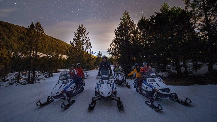 Double snowmobile night ride-30 minutes