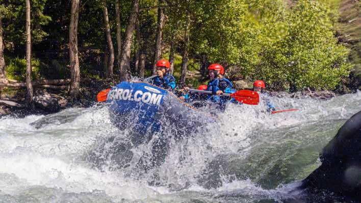 Rafting from Llavorsí to Rialp (14KM)