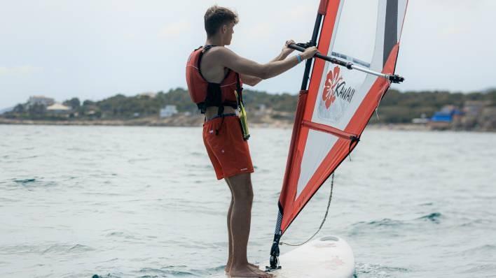 Windsurf rental-2 hours