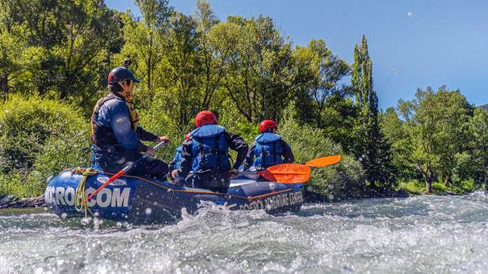 Rafting de Llavorsí à Rialp (14KM) + Canyon d'initiation